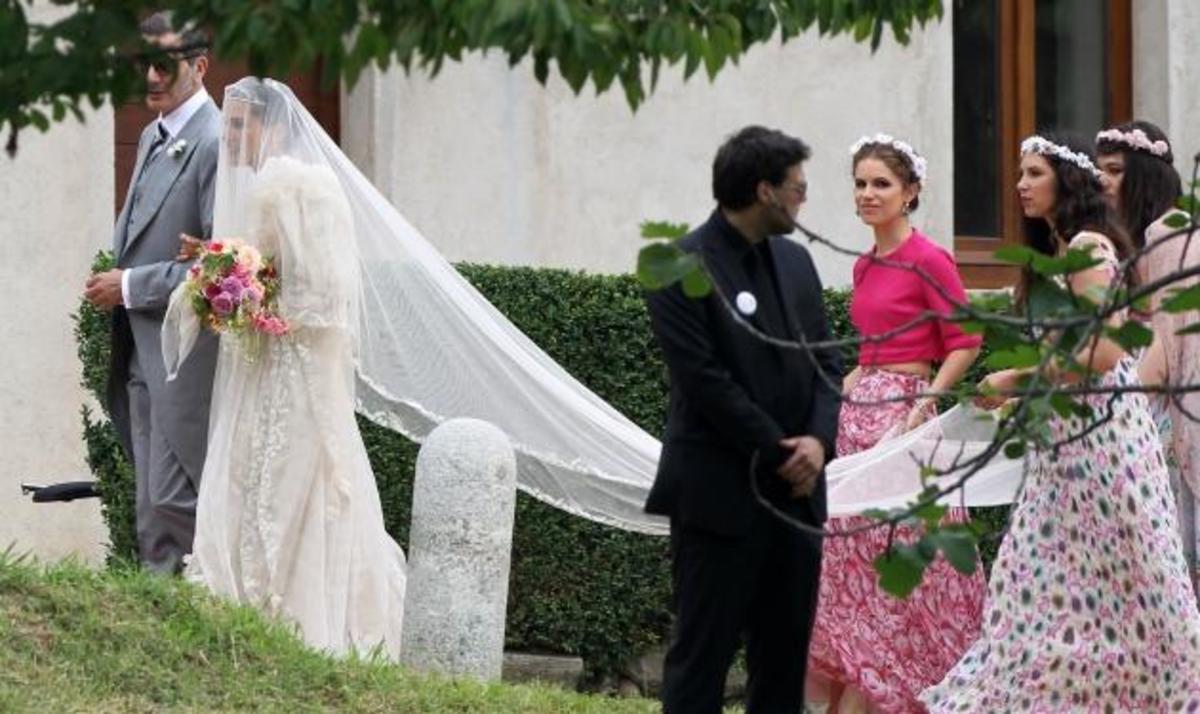 Ε. Νιάρχου: Παράνυφος στον gypsy γάμο της Margherita Missoni! Φωτογραφίες | Newsit.gr