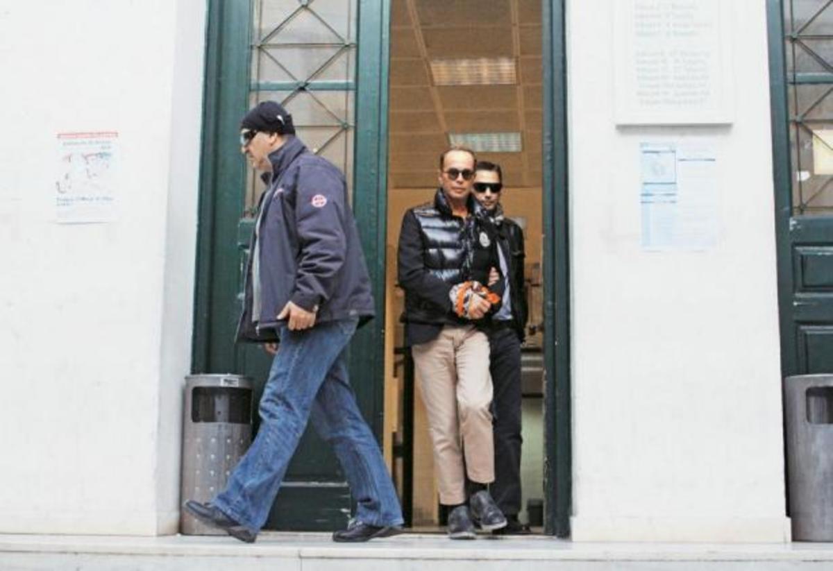 Ποιός θα αντικαταστήσει τον Λάκη Γαβαλά ; | Newsit.gr