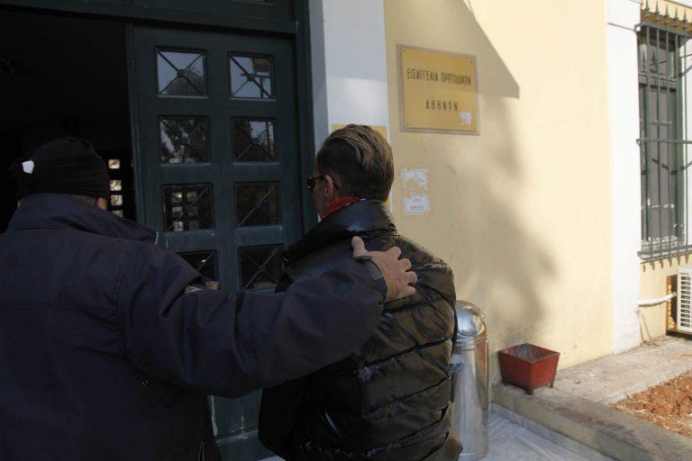 Αίτηση αποφυλάκισης κατέθεσε ο Λάκης Γαβαλάς | Newsit.gr