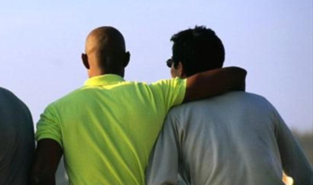 ΗΠΑ: Ευνοϊκή ρύθμιση για ομοφυλόφιλους υπέγραψε ο Πανέτα   Newsit.gr
