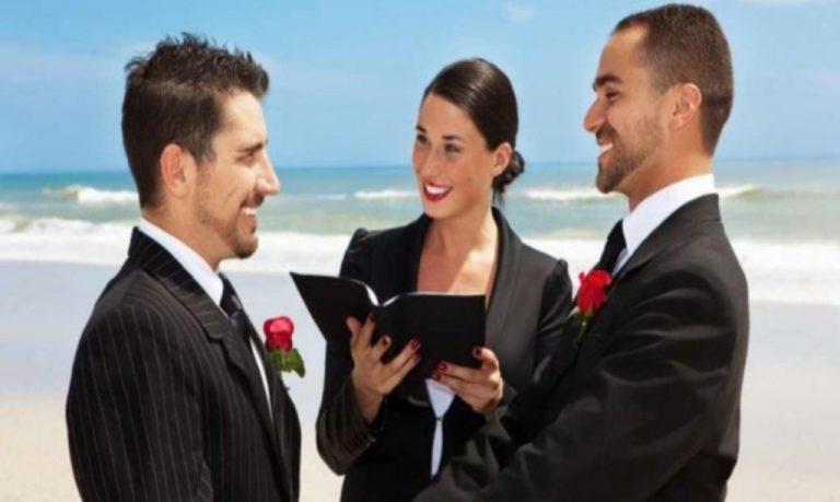 Κρήτη: Ζητούν άδεια για gay γάμους!   Newsit.gr