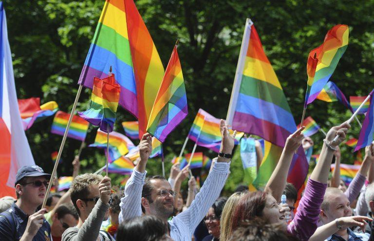 Άγριος ξυλοδαρμός γκέι ζευγαριού | Newsit.gr