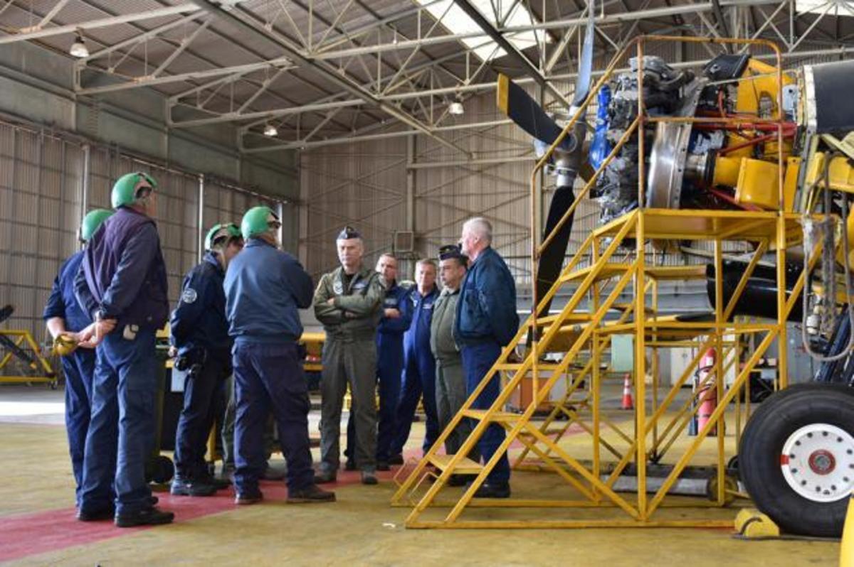 Επίσκεψη του Αρχηγού ΓΕΑ στην αεροπορική βάση Δεκελείας – Τί συμβαίνει | Newsit.gr