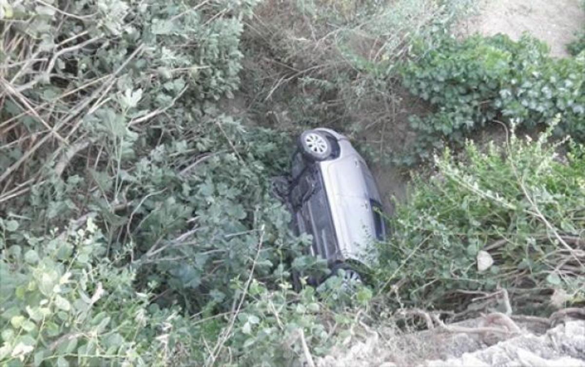 Σύρος: Έπεσε από γεφύρι και δεν έπαθε ούτε γρατζουνιά! ΦΩΤΟ | Newsit.gr