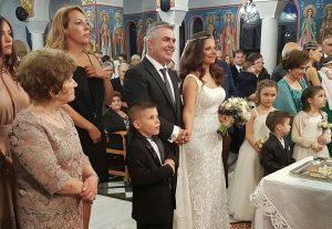 Λαμία: Ο γάμος της παρουσιάστριας που έγινε θέμα συζήτησης – Οι πόζες και οι στιγμές συγκίνησης [pics, vid]