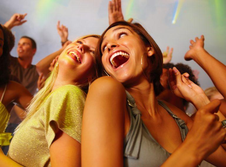 Μπορεί το γέλιο να είναι θεραπευτικό; | Newsit.gr