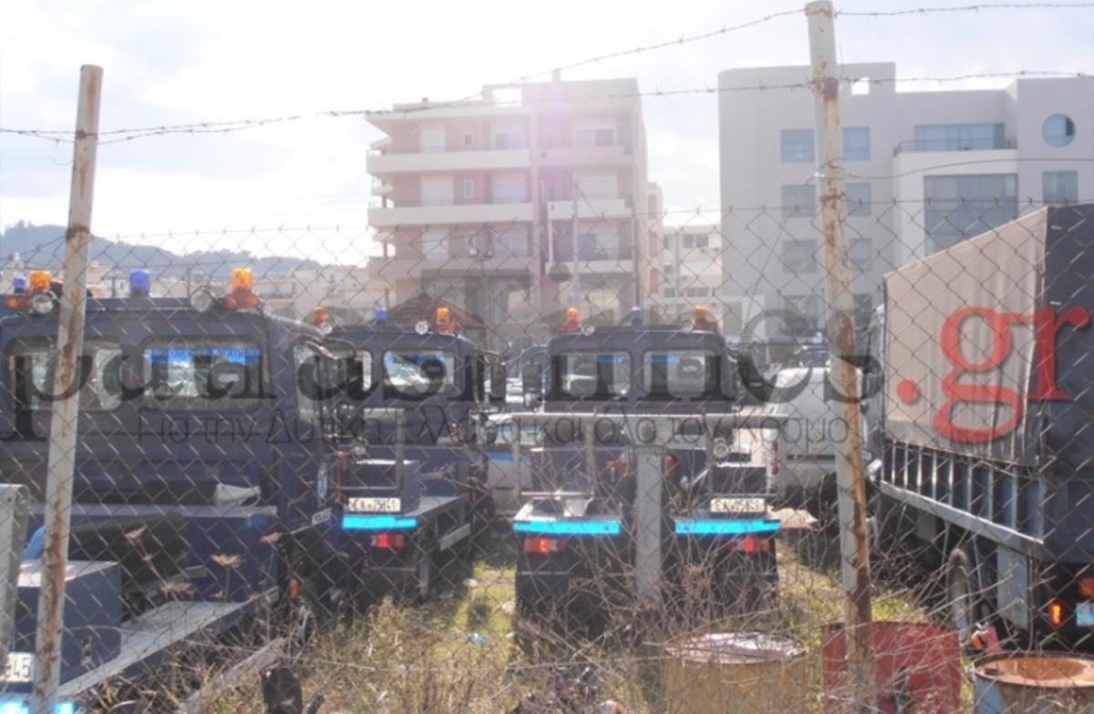 Πάτρα: Δεν έχουν περιπολικά αλλά αγόρασαν… επτά γερανούς   Newsit.gr