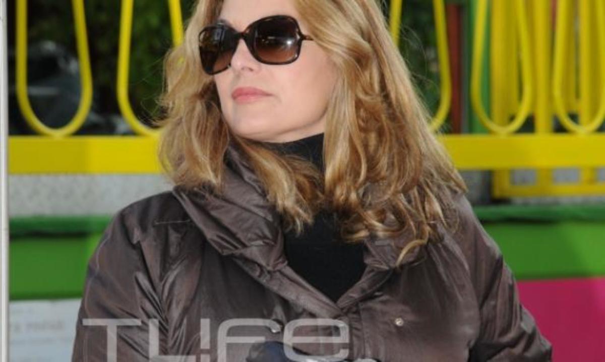Άντζελα Γκερέκου: Σε μία από τις σπάνιες δημόσιες εμφανίσεις της μαζί την κόρη της!   Newsit.gr