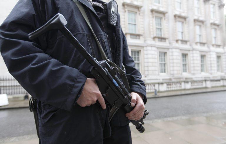 Τρομο-κλοιός στην Ευρώπη – Φόβοι για χτύπημα και στα ευρωπαϊκά αεροδρόμια | Newsit.gr