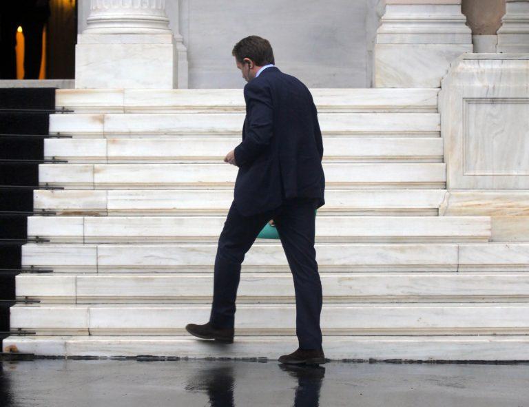 Δεν έγινε δεκτή η παραίτηση Γερουλάνου για την Αρχ. Ολυμπία | Newsit.gr