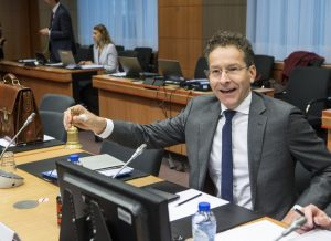 Επιστολή 9 ευρωβουλευτών σε Ντάισελμπλουμ: Ελάφρυνση χρέους τώρα!