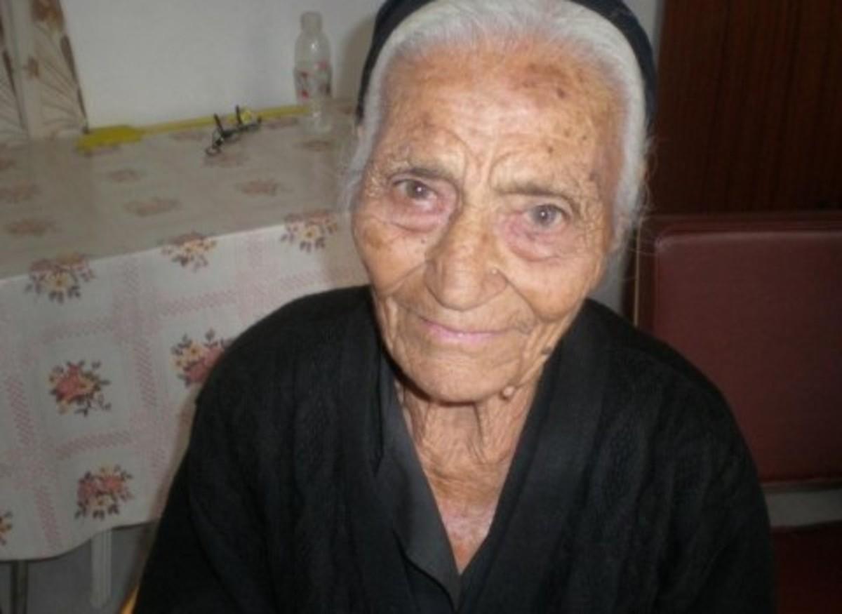 Κρήτη:Το μυστικό της μακροζωϊας,από την εικονιζόμενη που σήμερα κλείνει τα 102 χρόνια! | Newsit.gr