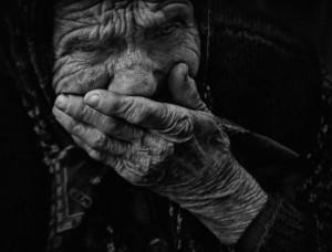 Σύγχρονο «Κωσταλέξι» με θύμα 90χρονη γιαγιά στα Τρίκαλα | Newsit.gr