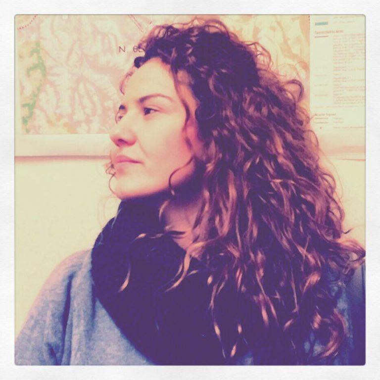 Κόρη παλαίμαχου διαιτητή η νεαρή πανέμορφη γυναίκα που έχασε τη ζωή της στην καραμπόλα της Αθηνών – Λαμίας – Ποια ήταν η Ιωάννα Γιαννακοπούλου | Newsit.gr