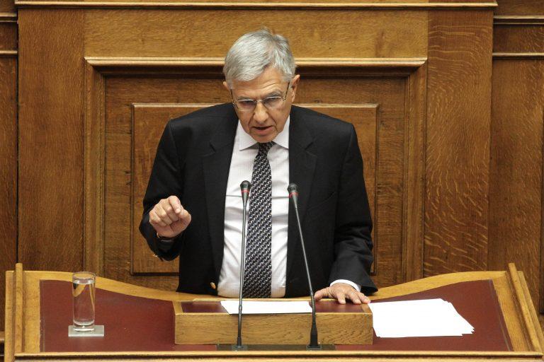 655 εκατομμύρια ευρώ έχουν πάρει συνολικά τα κόμματα από το 2000 | Newsit.gr