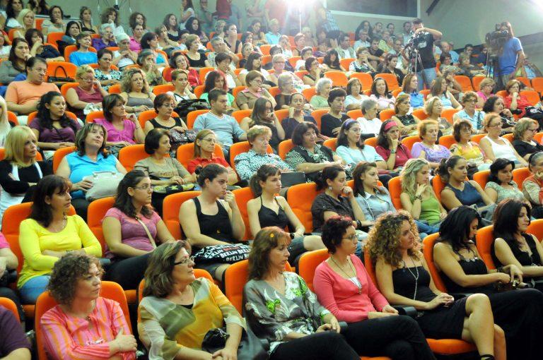 Το 2011 η αύξηση ορίων συνταξιοδότησης για μητέρες ανηλίκων   Newsit.gr