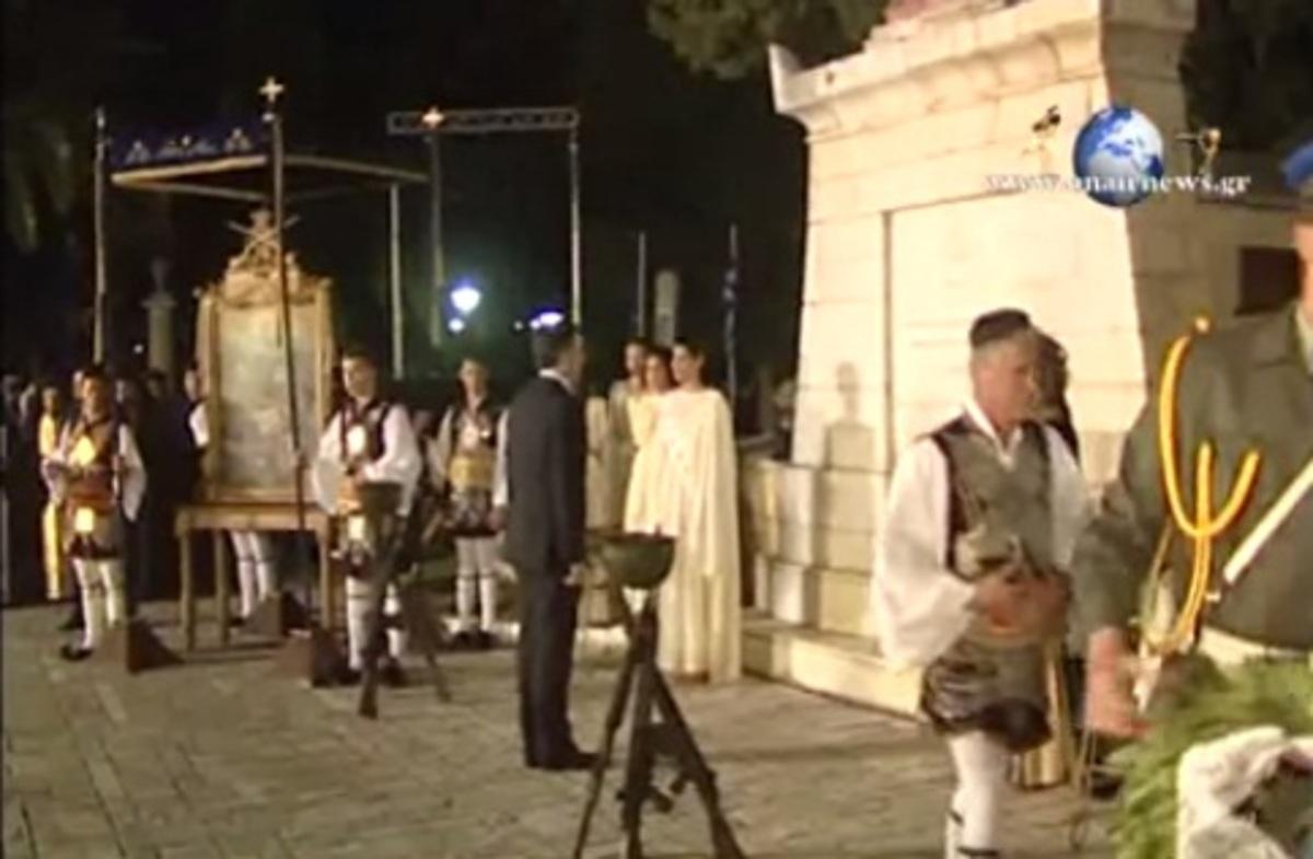 Μεσολόγγι: Επέτειος της Εξόδου με γιούχα και αποδοκιμασίες | Newsit.gr