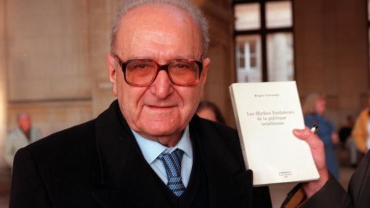 Έφυγε από τη ζωή σε ηλικία 98 ετών ο φιλόσοφος Ροζέ Γκαροντί   Newsit.gr