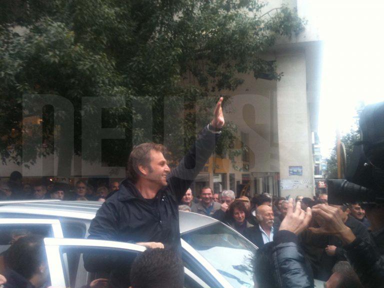 Αποστολή του NewsIt στη Στυλίδα – Ακολουθούμε τον Απ. Γκλέτσο σε όλη την διαδρομή προς τα διόδια   Newsit.gr