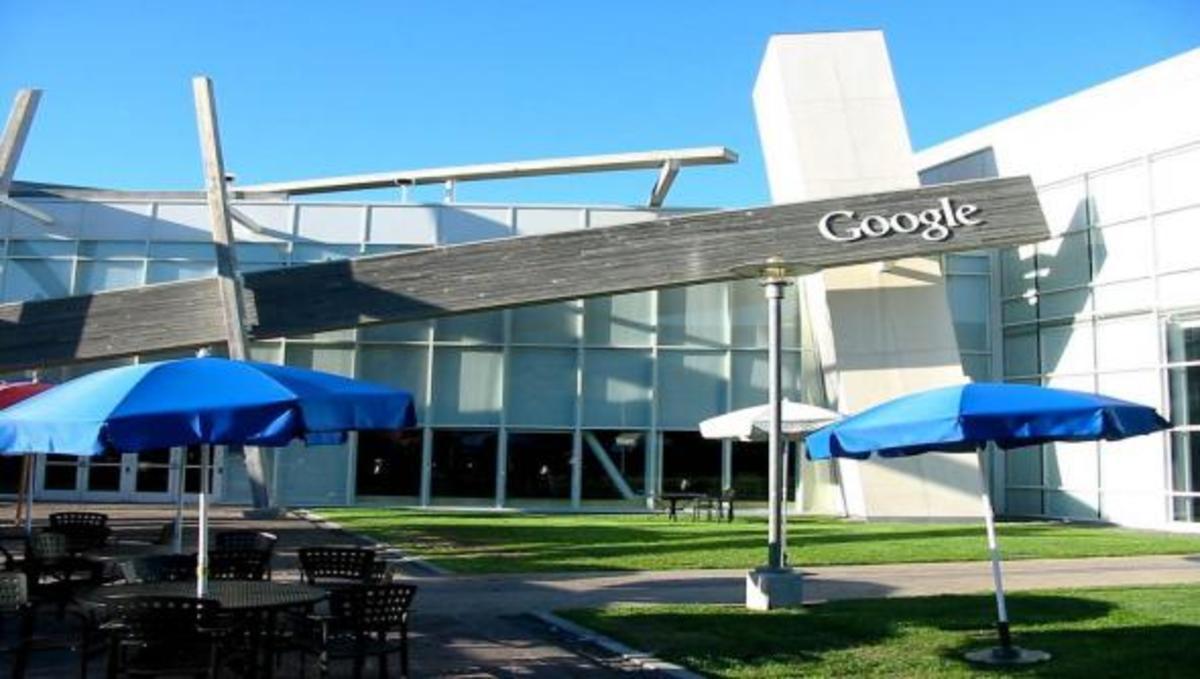 H Google εγκαινίασε το νέο της Google Campus στο ανατολικό Λονδίνο. | Newsit.gr