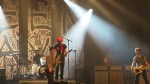 Όνειρο! Φαν των Green Day ροκάρει μαζί τους στη σκηνή! [vid]