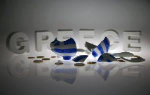 «Γραμμή» Σόιμπλε: Grexit και μετά συζήτηση για το χρέος