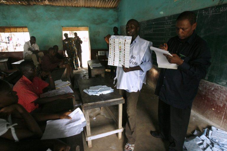 Οι πρώτες ελεύθερες εκλογές στη Γουινέα | Newsit.gr