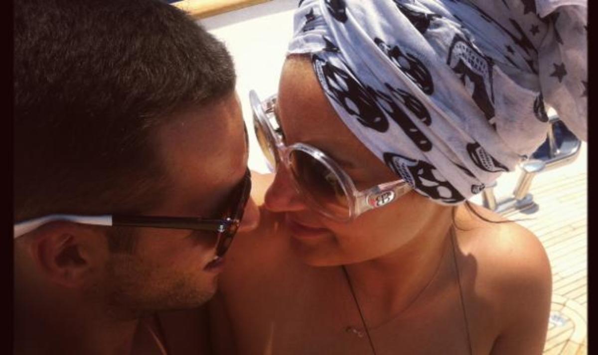Γωγώ Φαρμάκη: Χαμογελά ξανά στο πλευρό του νέου έρωτά της! | Newsit.gr