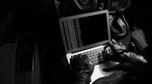 Πως να προστατευτείτε από τους hackers μέσα στις γιορτές του Πάσχα