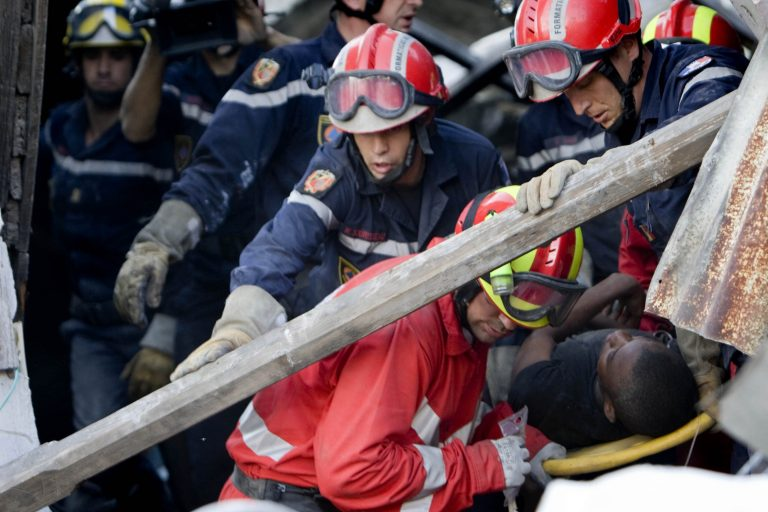 Τουλάχιστον 112.226 άνθρωποι έχασαν τη ζωή τους στην Αϊτή | Newsit.gr
