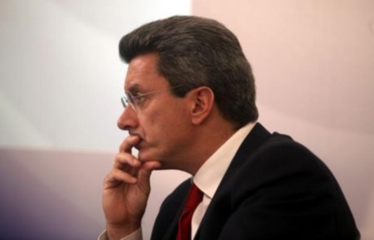 Ένταση με συνεργάτη του Χατζηνικολάου στο twitter | Newsit.gr