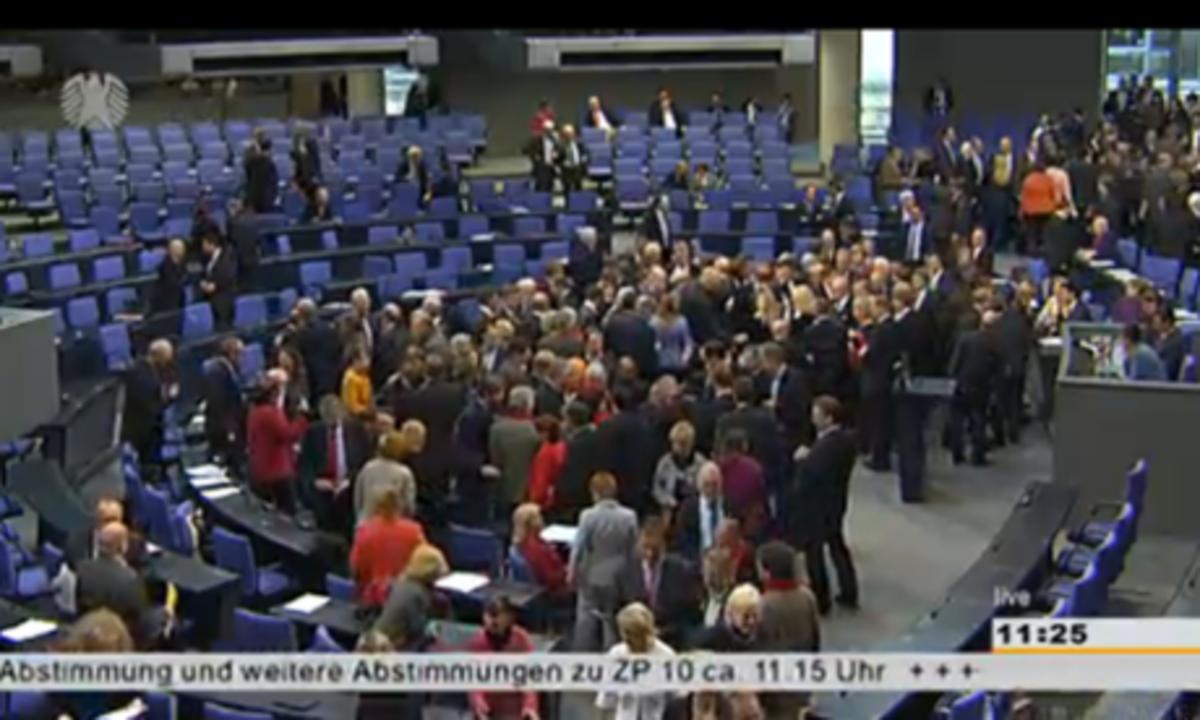 Ηχηρό ναι από την Γερμανική Βουλή για την Ελλάδα – Πέρασε το πακέτο! | Newsit.gr
