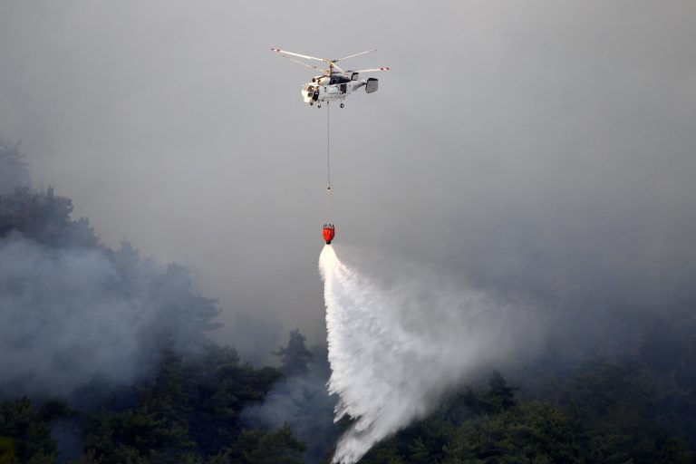 Συνετρίβη πυσοσβεστικό ελικόπτερο – Νεκρά τα μέλη του πληρώματος | Newsit.gr