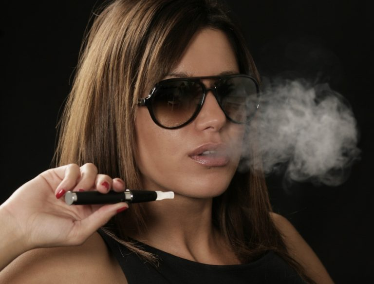 Ξεκίνησε την κατάσχεση και την καταστροφή ηλεκτρονικών τσιγάρων ο ΕΟΦ | Newsit.gr