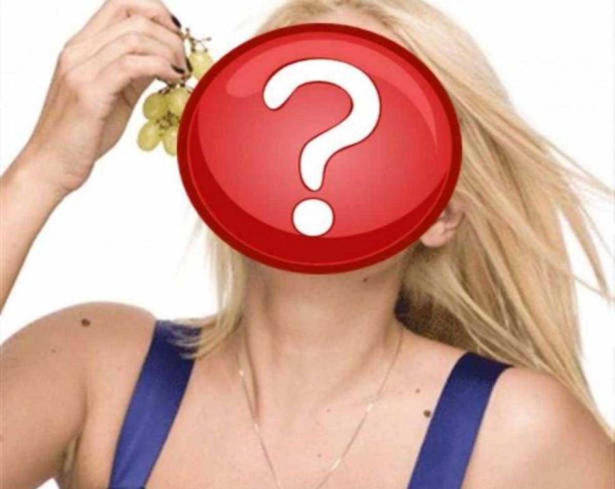 Ποια ελληνίδα παρουσιάστρια ενοχλήθηκε από την παρουσία γυμνιστή στη παραλία! | Newsit.gr