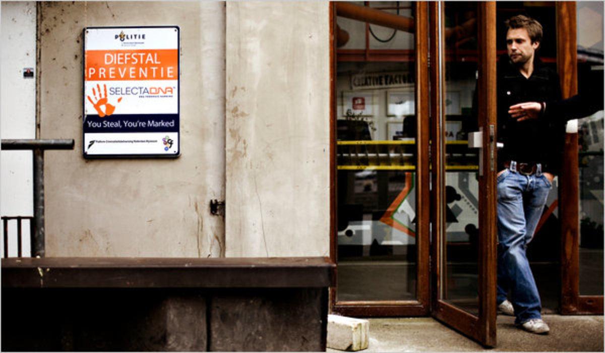 «Ψεκάστε τους κλέφτες με σπρέι DNA» | Newsit.gr