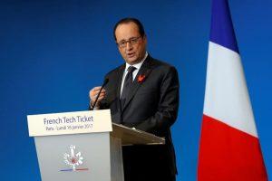 Συνεργάτες του Ολάντ διαψεύδουν ότι σκέφτεται την προεδρία του Ευρωπαϊκού Συμβουλίου