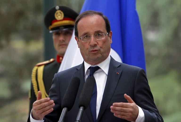 Τα 2/3 των Γάλλων στηρίζουν Ολάντ | Newsit.gr