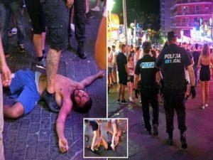 Ίμπιζα: «Οργιάζουν» οι Βρετανοί, αρνούνται να δουλέψουν οι αστυνομικοί! [vids]