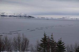 Περίεργο φαινόμενο σε λίμνη της Ισλανδίας τρομάζει τους κατοίκους [pics]