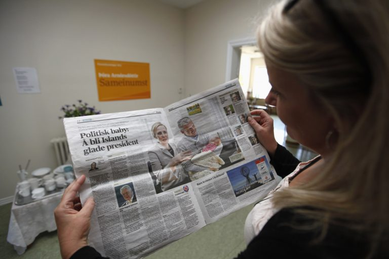 Στις κάλπες οι Ισλανδοί | Newsit.gr