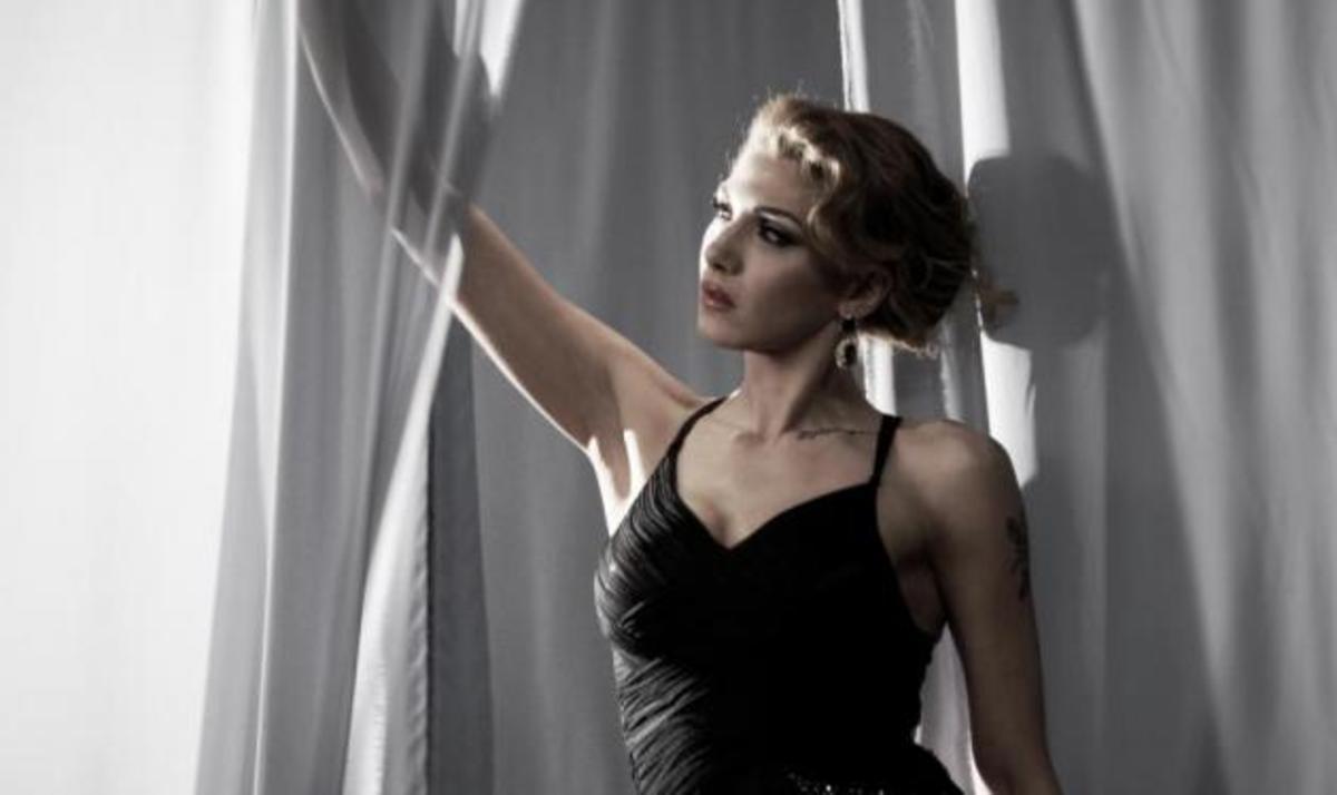 Α. Ηλιάδη: Η μεταμόρφωση για το νέο της video clip! Φωτογραφίες | Newsit.gr