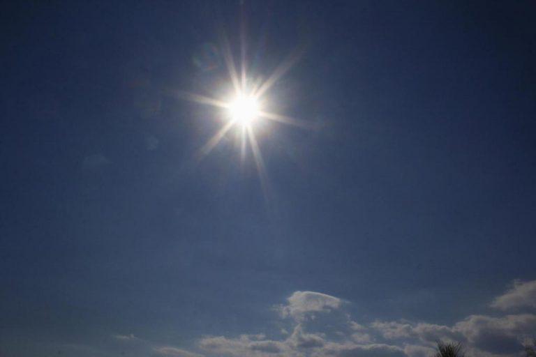 Θεσσαλονίκη: Εγκαταστάθηκε σε λύκειο το πρώτο φωτοβολταϊκό σύστημα με εικονική αυτοπαραγωγή ηλιακής ενέργειας | Newsit.gr