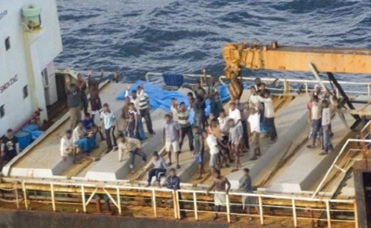 Χιλιάδες Τυνήσιοι μετανάστες φτάνουν στις ιταλικές ακτές   Newsit.gr