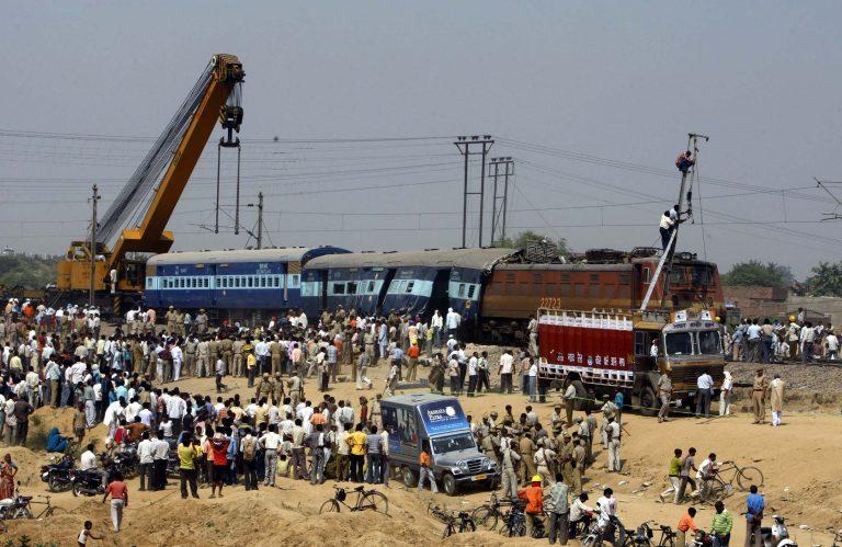10 νεκροί στην Ινδία | Newsit.gr