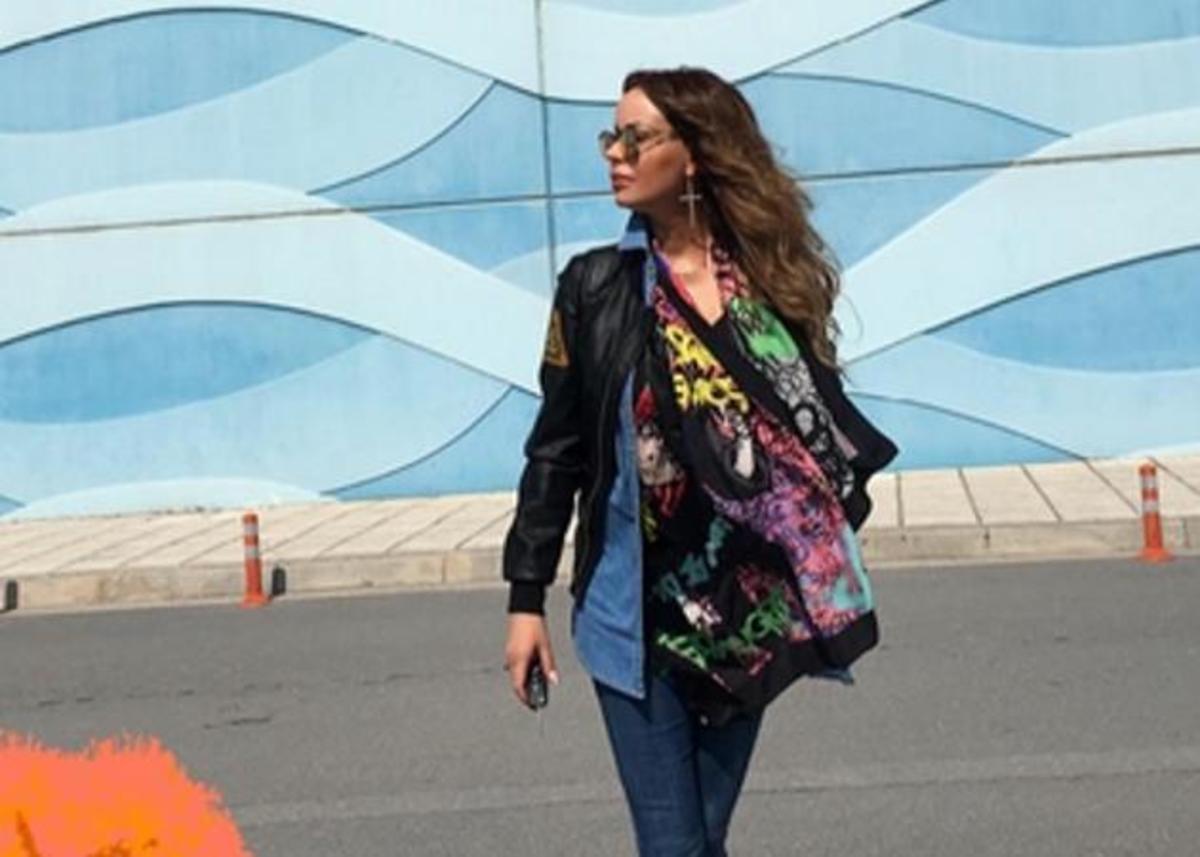 Ιωάννα Λίλη: Αδύνατη και fit όσο ποτέ, απολαμβάνει τον κήπο τη με την κόρη της! [pic]   Newsit.gr