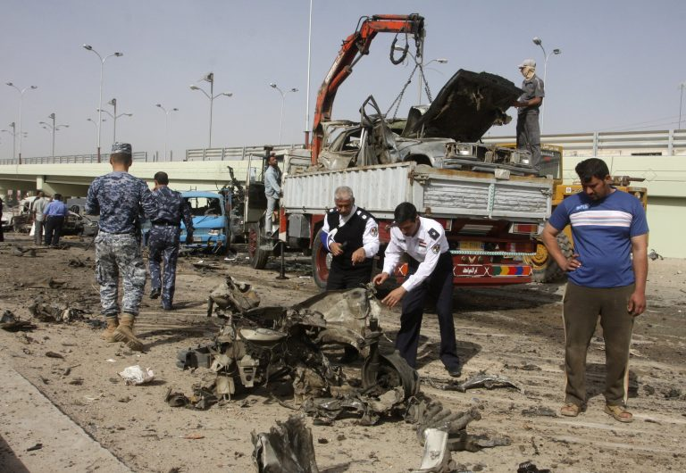 Τρεις νεκροί, πέντε τραυματίες στο Ιράκ | Newsit.gr