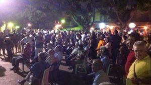 Αποτελέσματα δημοψηφίσματος: Με ρακή και μεζέ γιόρτασαν το «Όχι» στην Κρήτη – Με 40 μονάδες διαφορά – ΒΙΝΤΕΟ