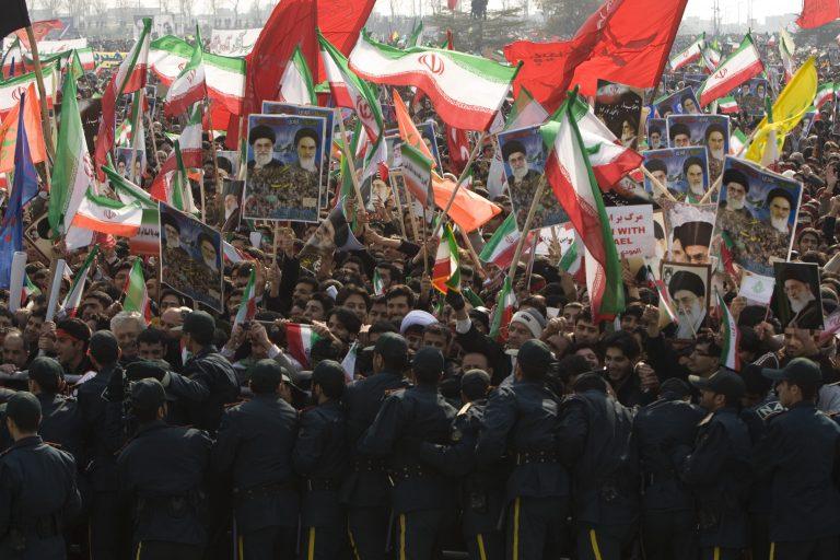 Νέες συγκρούσεις και ταραχές στο Ιράν | Newsit.gr