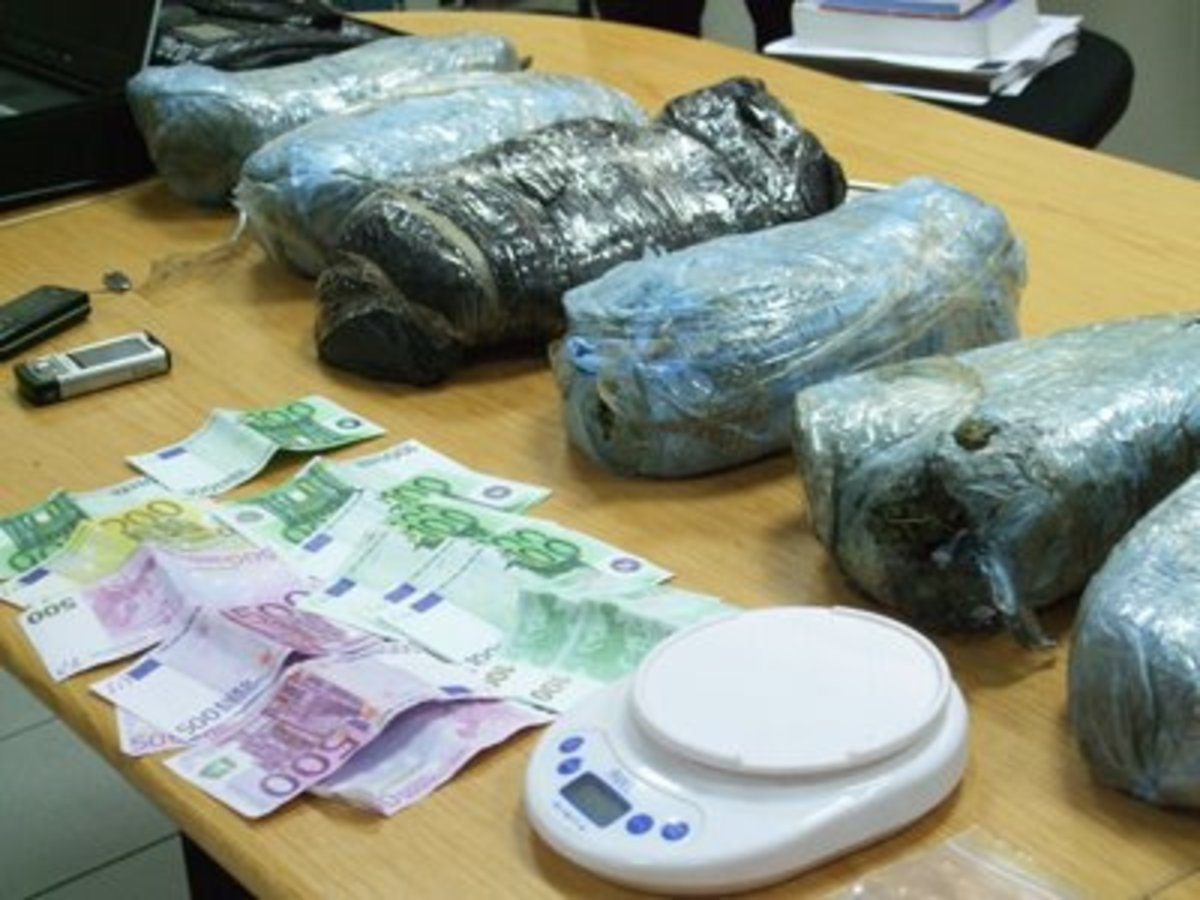 Θεσσαλονίκη: Δύο συλλήψεις για ναρκωτικά στο Δενδροπόταμο   Newsit.gr